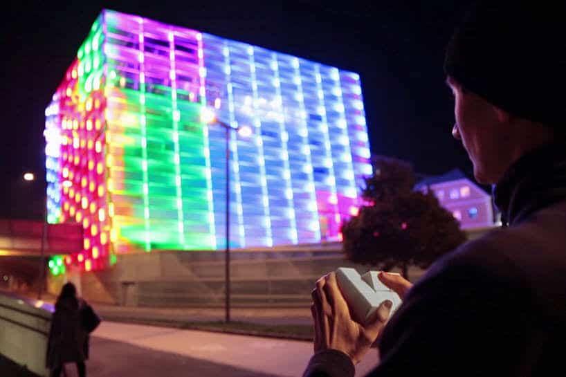 enorme kubus in Linz