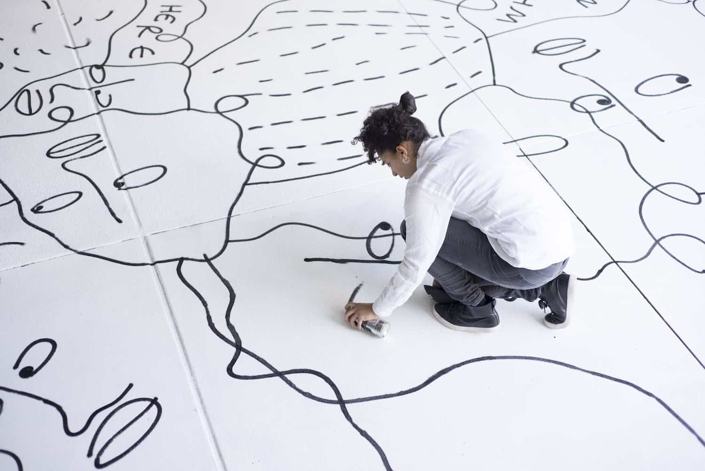 muurschildering van Shantell Martin