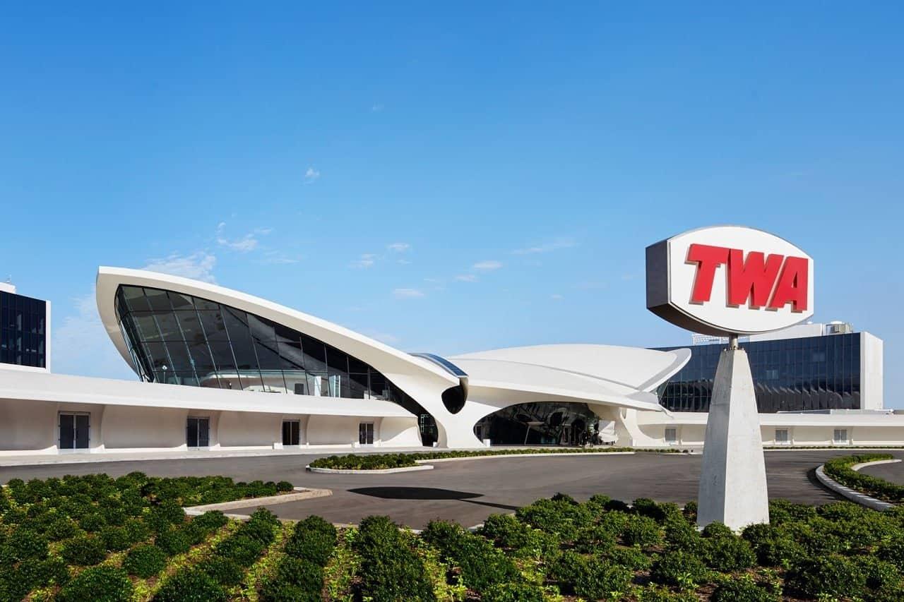 Kijk binnen in het prachtige TWA Hotel in New York