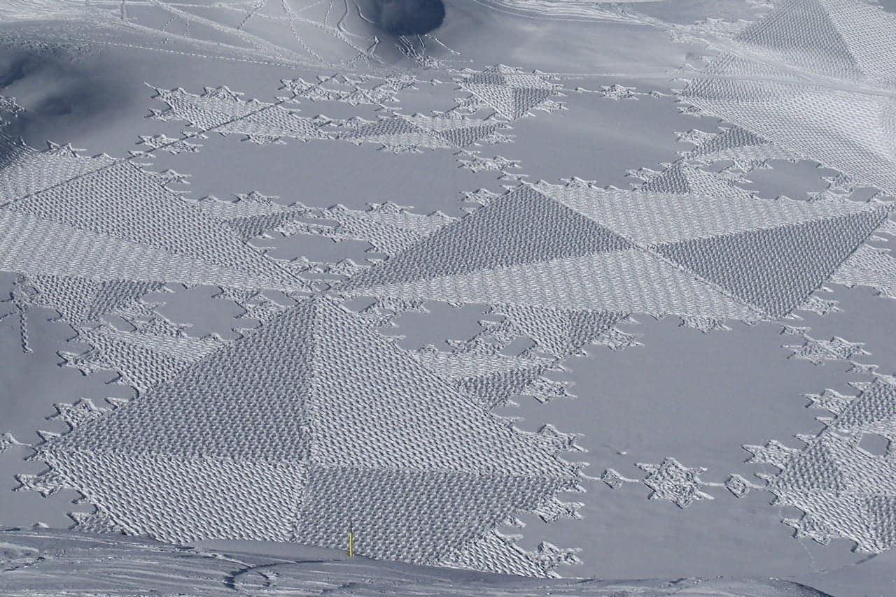 Sneeuwkunst van Simon Beck