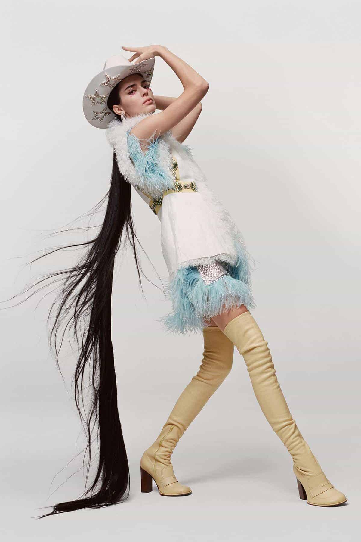 Maurizio Cattelan fotografeert Kendall Jenner