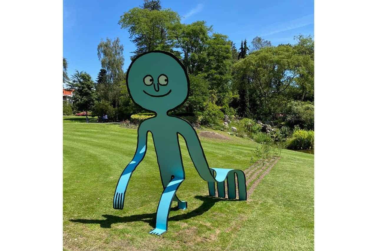 Grappige sculpturen van Jean Jullien in Jardin des Plantes