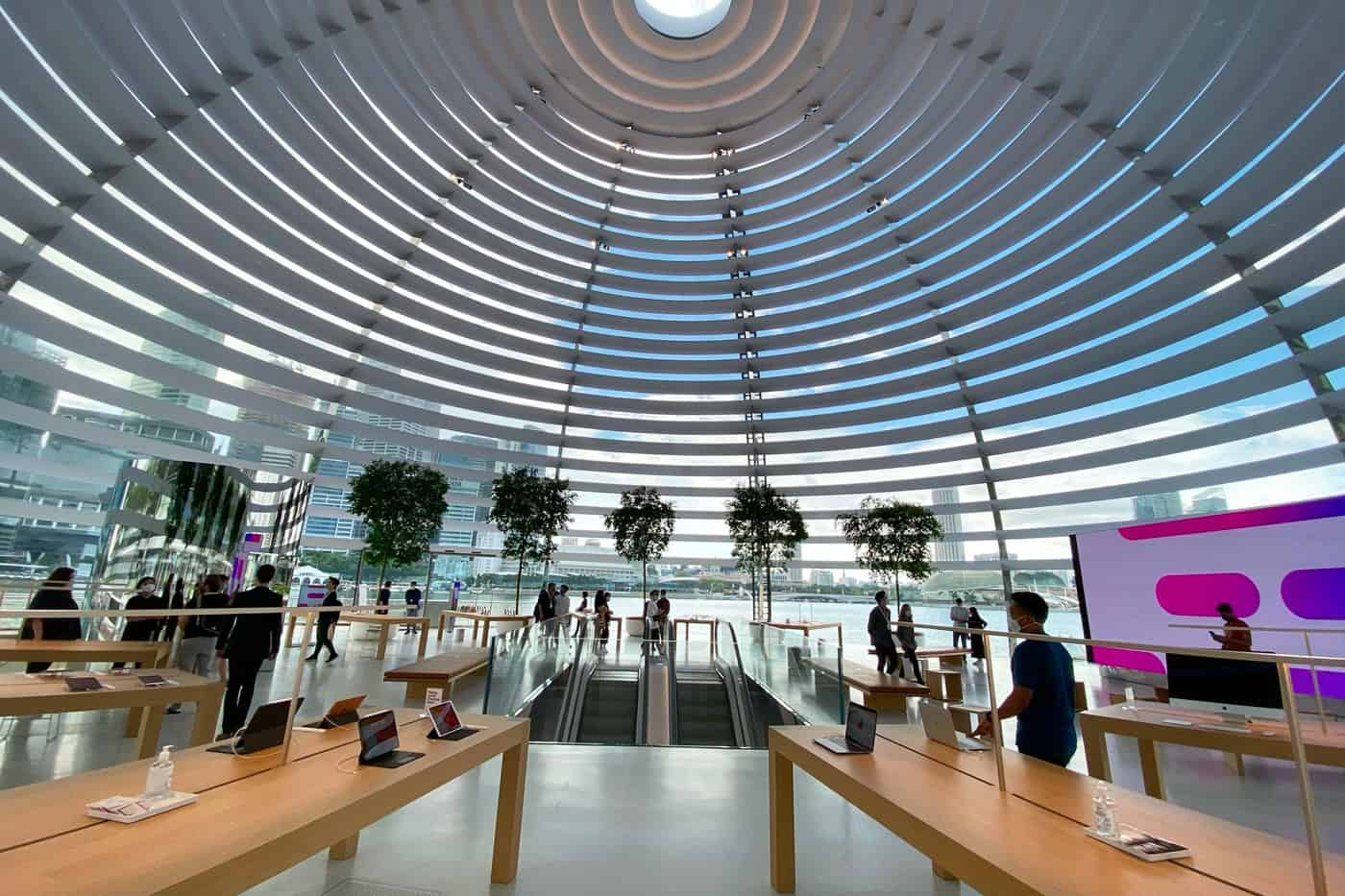 Drijvende Apple Store in Singapore