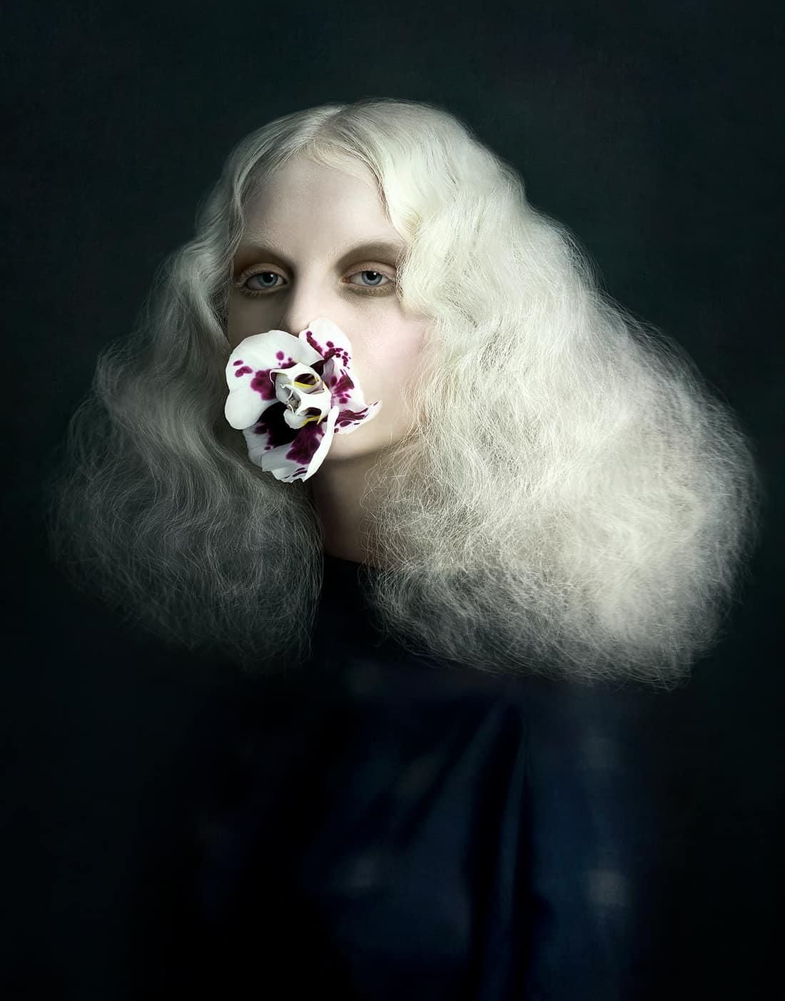 Justine Tjallinks - Past Present Future