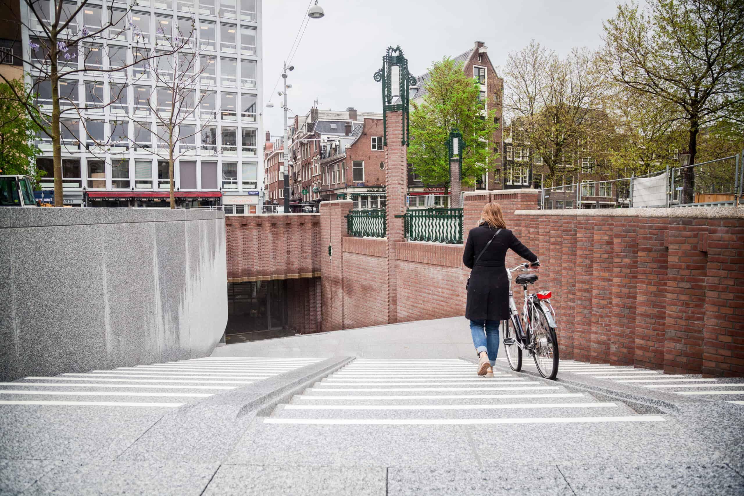 Ondergrondse fietsenstalling Leidseplein Amsterdam