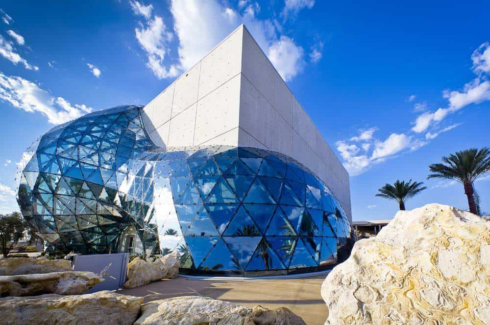 Dalí Museum door HOK Architect