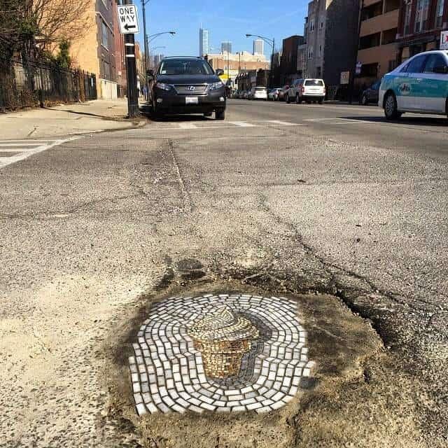 ijsje in pothole
