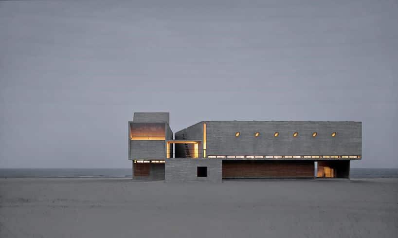 bibliotheek op het strand