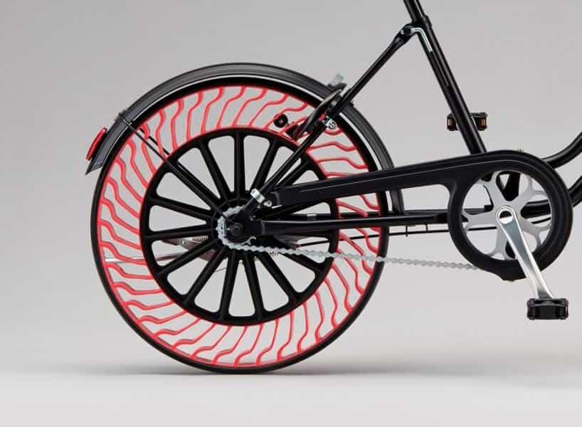 fietsband zonder lucht