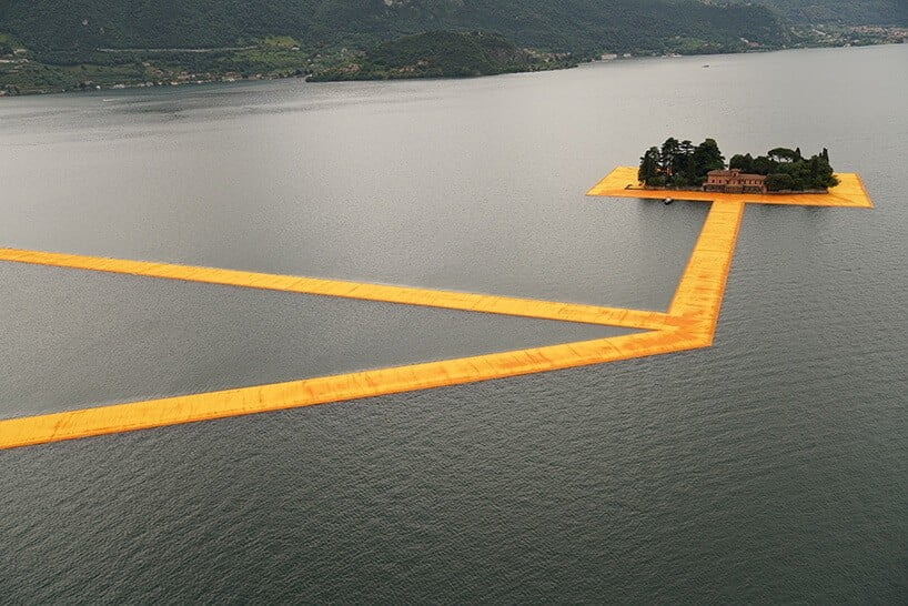 Floating Piers van Christo