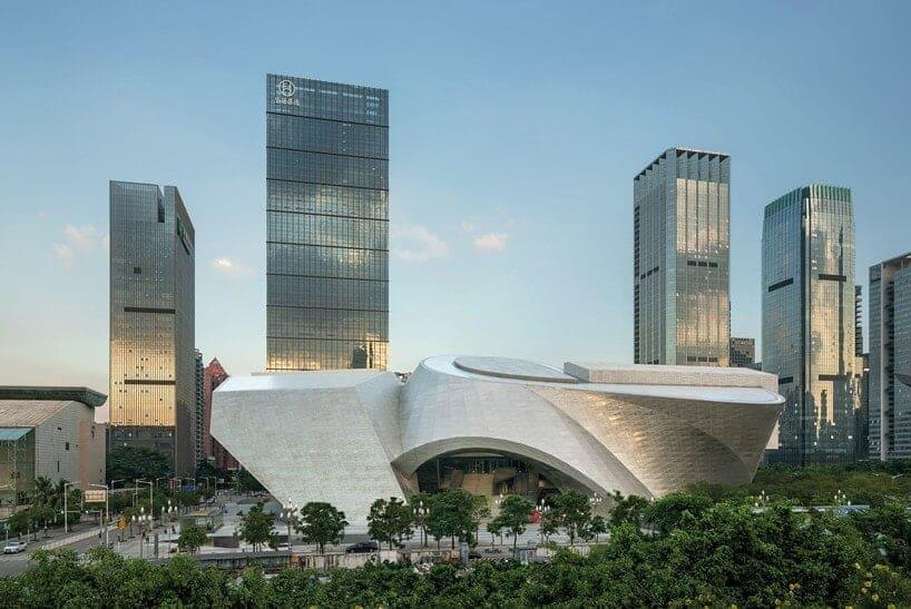 Mocape in Shenzhen, China door Coop Himmelb(L)au / Foto : Duccio Malagamba