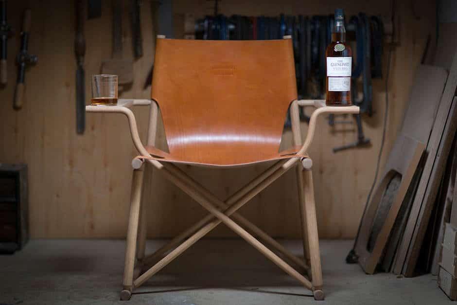 Glenlivet laat de ideale stoel om whisky in te drinken maken