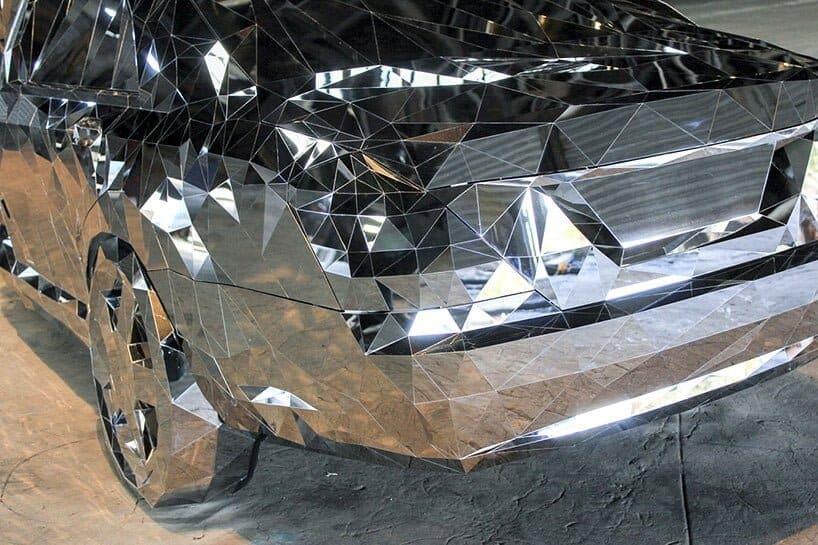 wreck is een glimmend autowrak