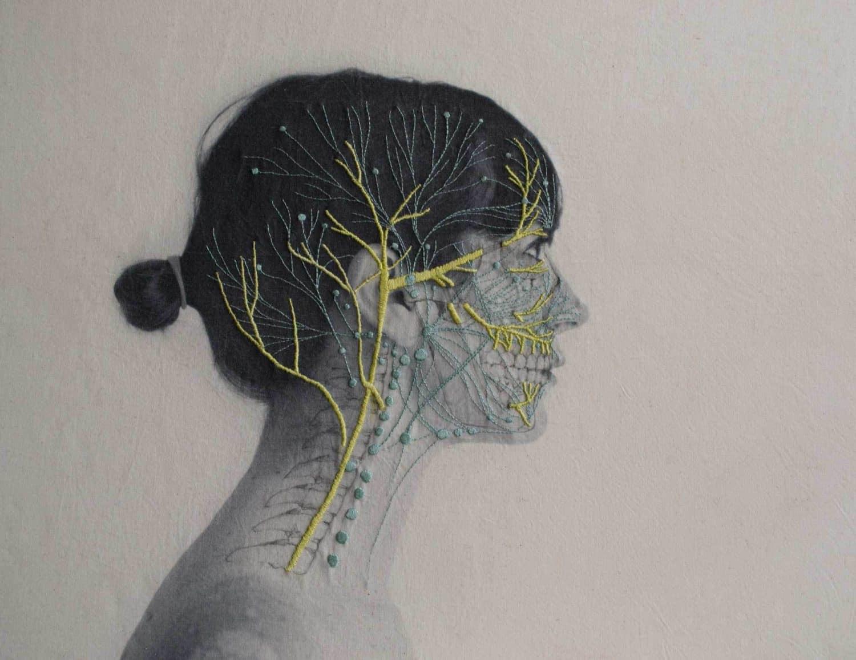 zelfportret met borduursels