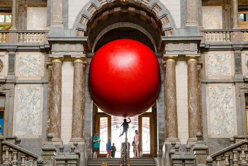rode bal in Antwerpen