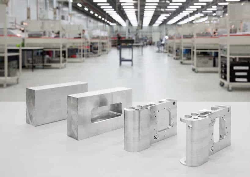 uit 1 blok aluminium