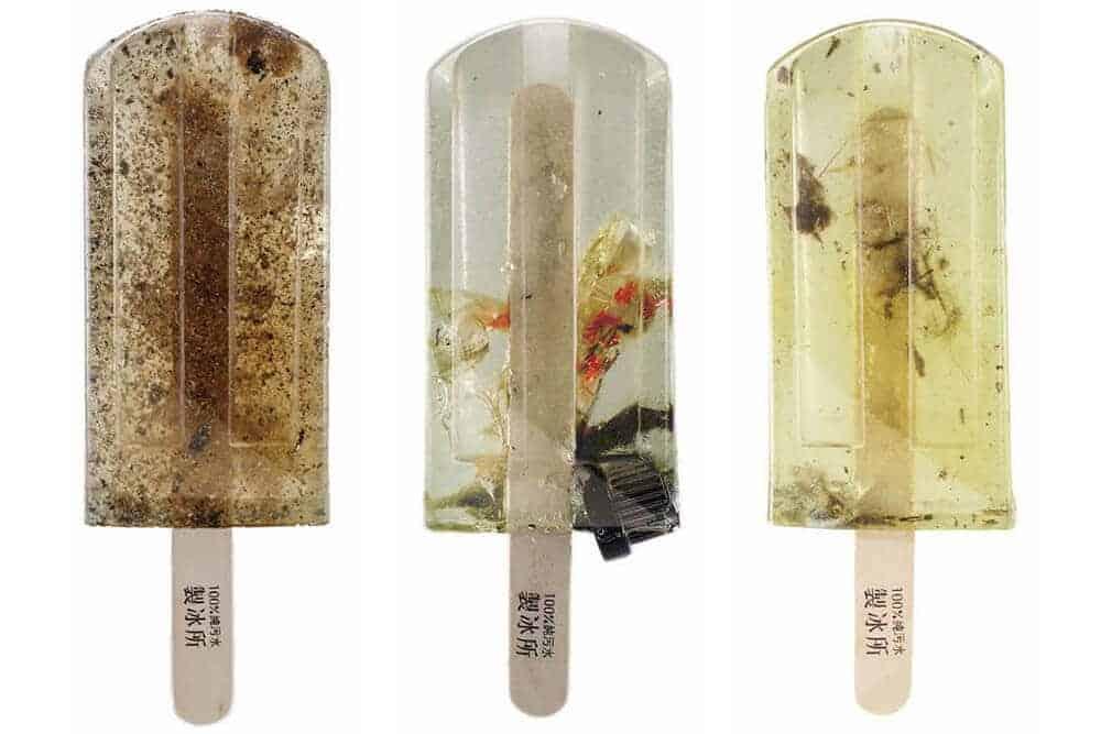 ijsjes van vies water