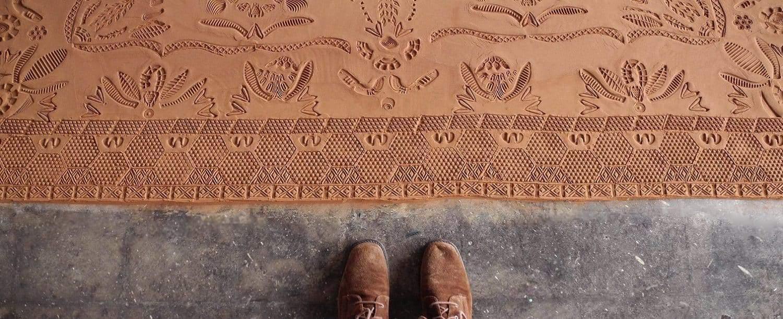 tapijt van voetafdrukken